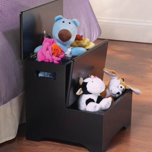 Great Storage In Wooden Pet Steps
